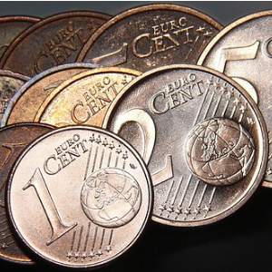1- и 2-центовые монеты. Фото: pixabay.com.