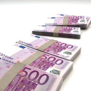 В Эстонии для платежей наличными могут установить лимит в 10 000 евро. Автор/Источник фото: Pixabay.com.